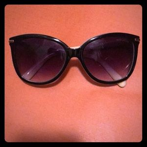 Marc Jacobs Sunglasses 😎